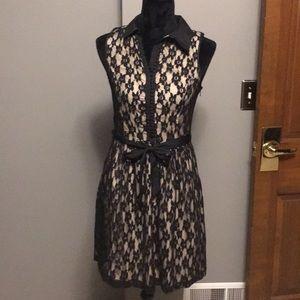 Kenzie black/gold lace dress